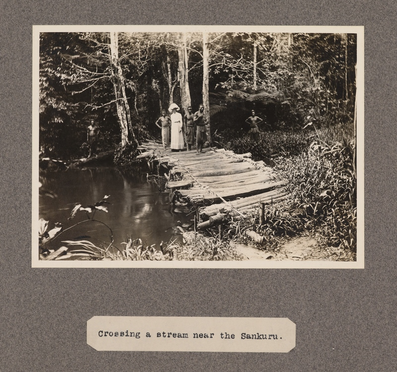 Crossing a stream near the Sankuru