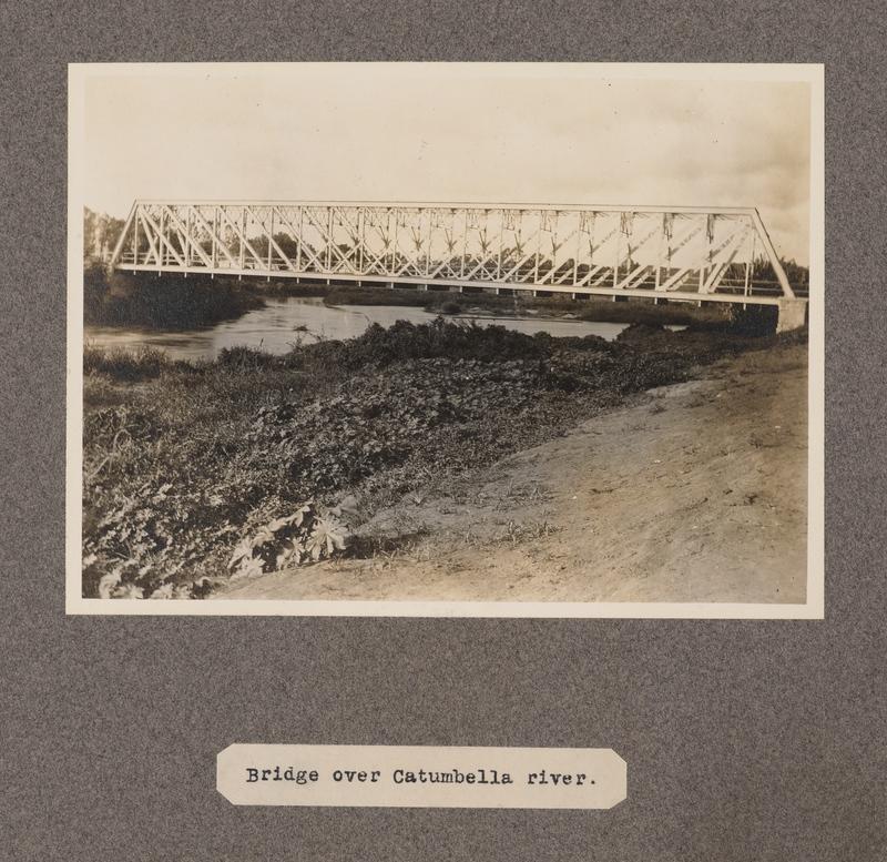 Bridge over Catumbella River