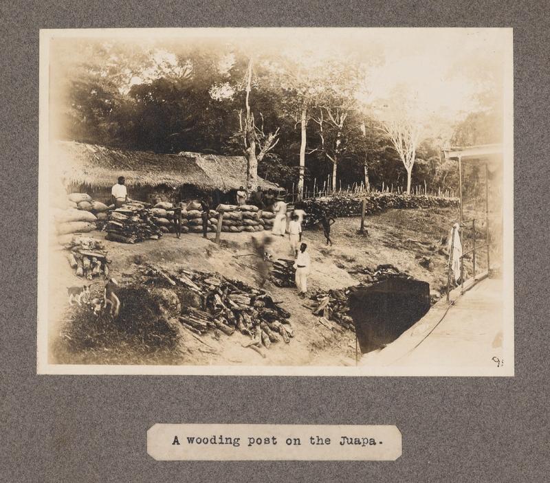 A wooding post on the Juapa