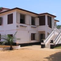 Fort_Ouidah_Benin.JPG