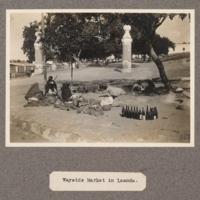 Wayside market in Loanda