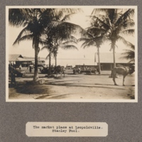 The market place at Leopoldville. Stanley Pool