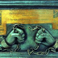 2007 Anti Slavery Arch plaque.jpg